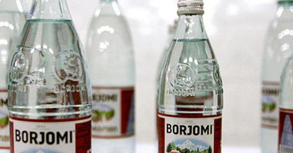 Как правильно пить Боржоми с молоком для лечения кашля? Боржоми с молоком от кашля: рецепт взрослым и детям